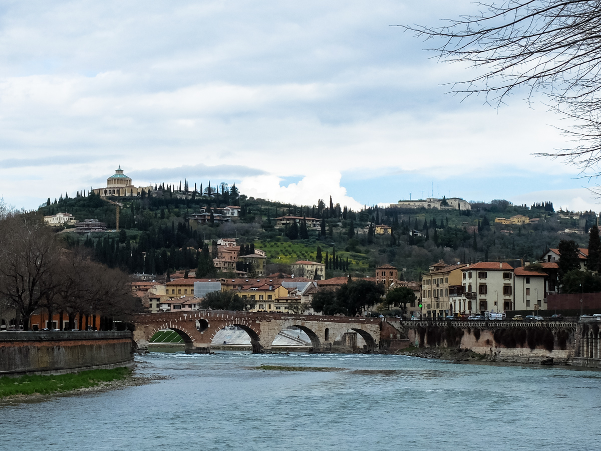 Olivia Leaves | How to Spend a Day in Verona