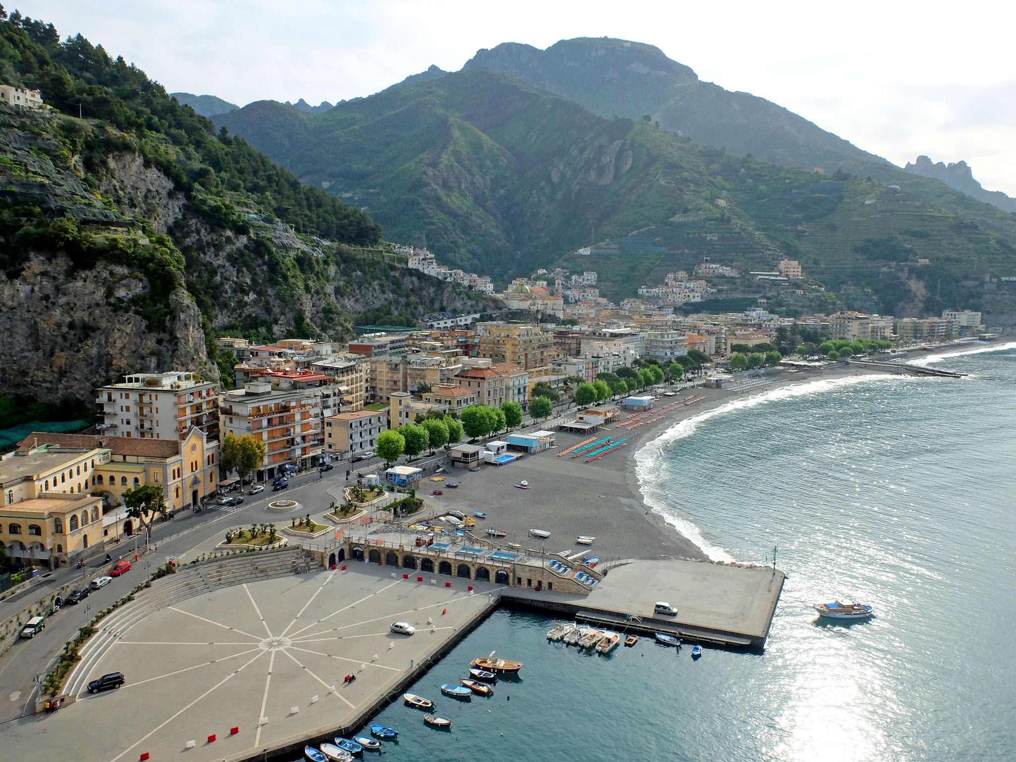 Olivia Leaves | Visiting the Amalfi Coast