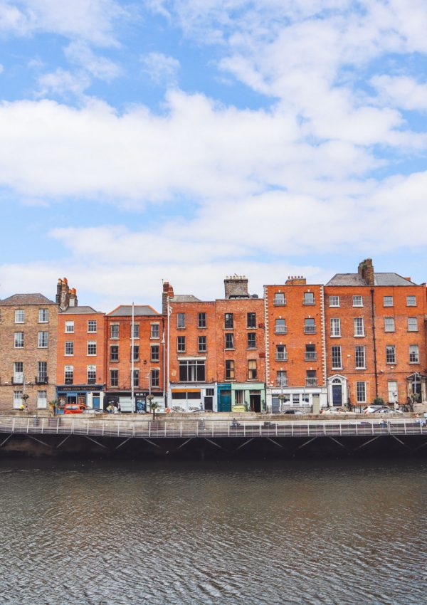 Olivia Leaves | Airbnbs in Dublin