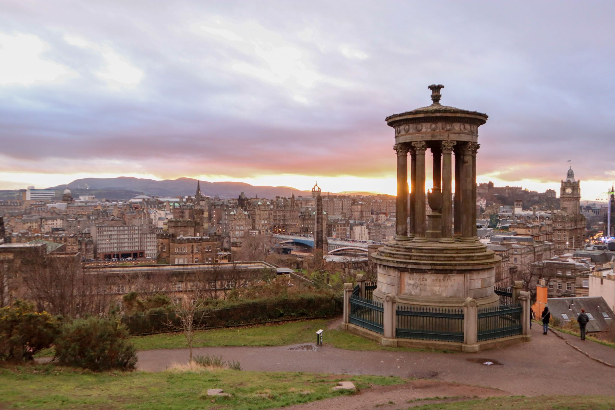 Olivia Leaves | Top Views in Edinburgh